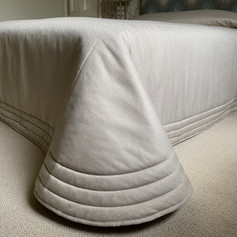 Plain Bed Throw with perimeter channel