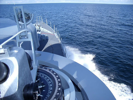 speedboat-248474_1280.jpg