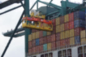 containers-2018438_1920.jpg