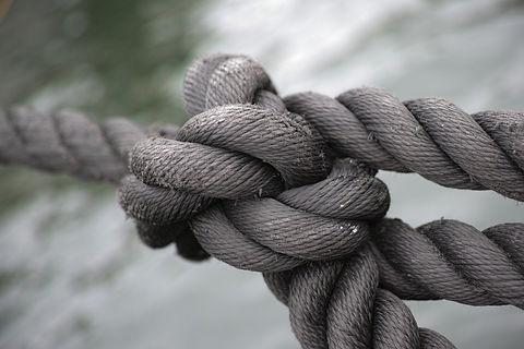 tied-up-1792237_1920.jpg