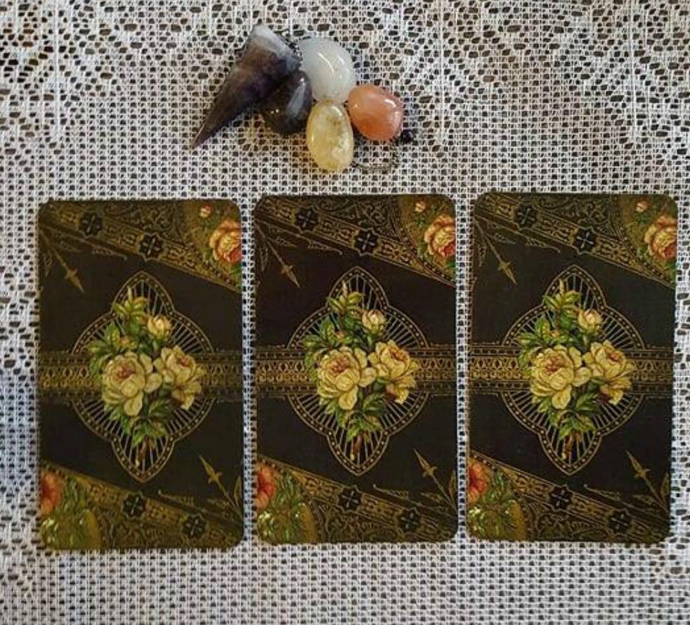 Tarot, Oracle, Reading