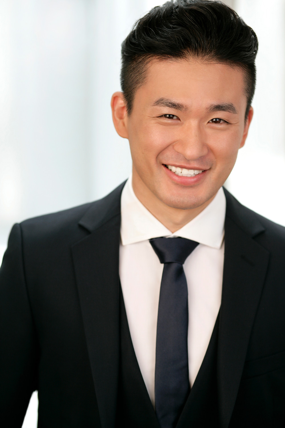 """Hugh Cha (차형진) plays Luke, a Chinese missionary in """"Anything Goes"""""""