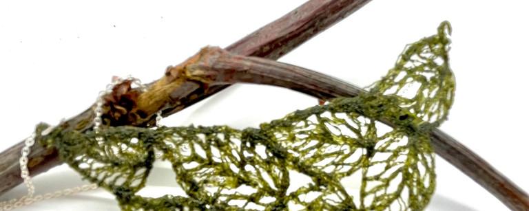 handful of leaves - moss