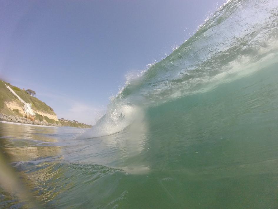 Awesome wave off Encinitas photo by Bob Nichols