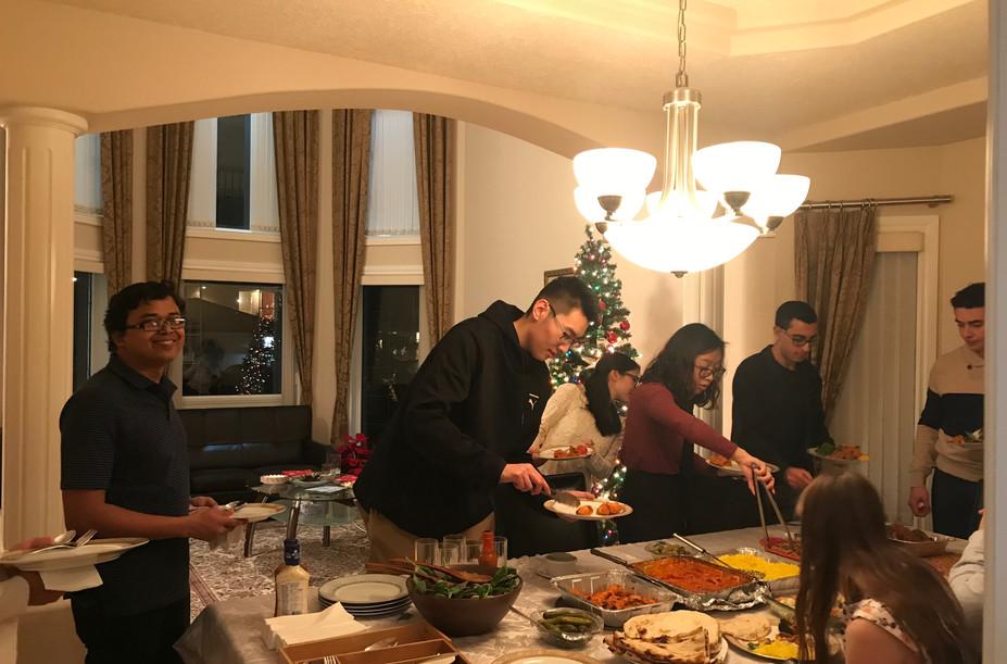 Lab xmas party-Dec 2018.JPG