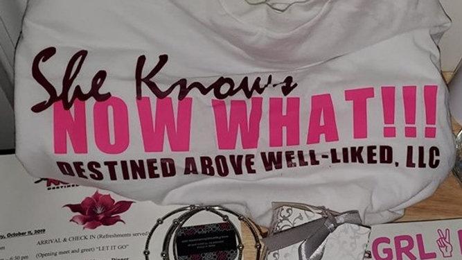 T shirt - SheKnowsNowWhat