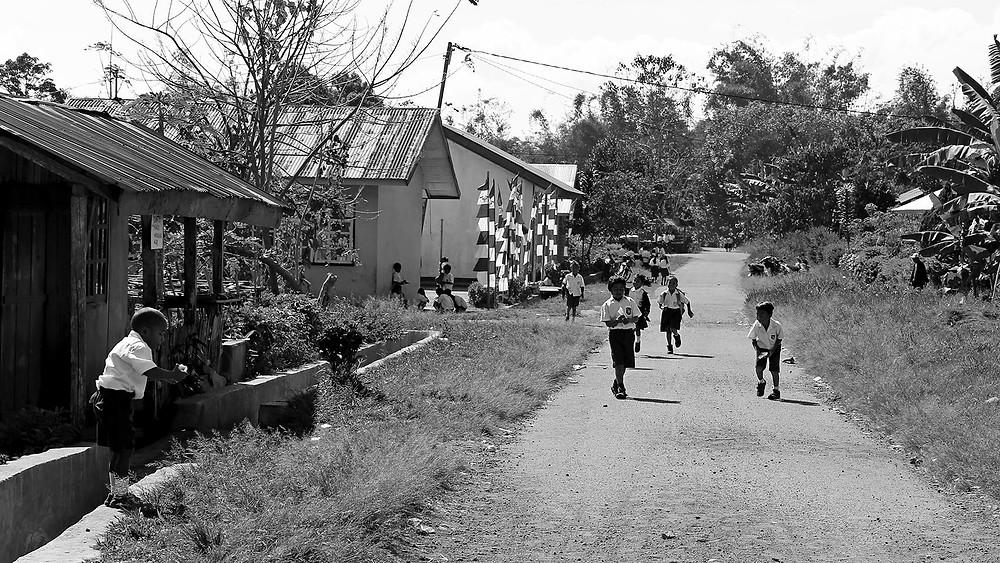 École élémentaire en bordure de Ruteng