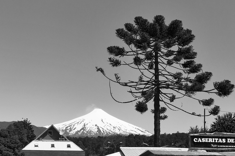 Le volcan Villarrica vu d'en bas depuis Pucon