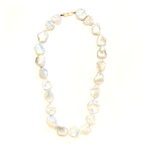 souffle pearl necklace. $900