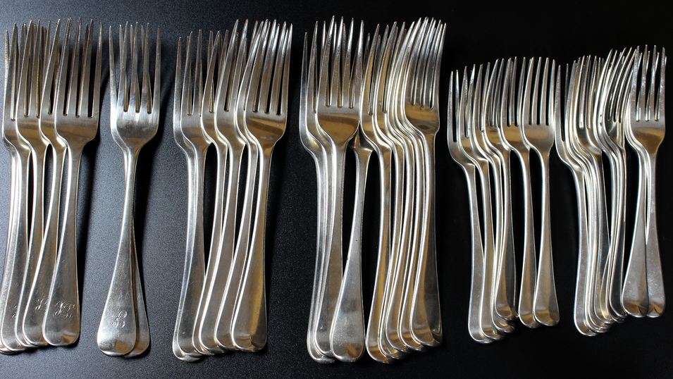 We have a vast array of silver flatware, from single teaspoons to full canteens. Please enquire for more information.