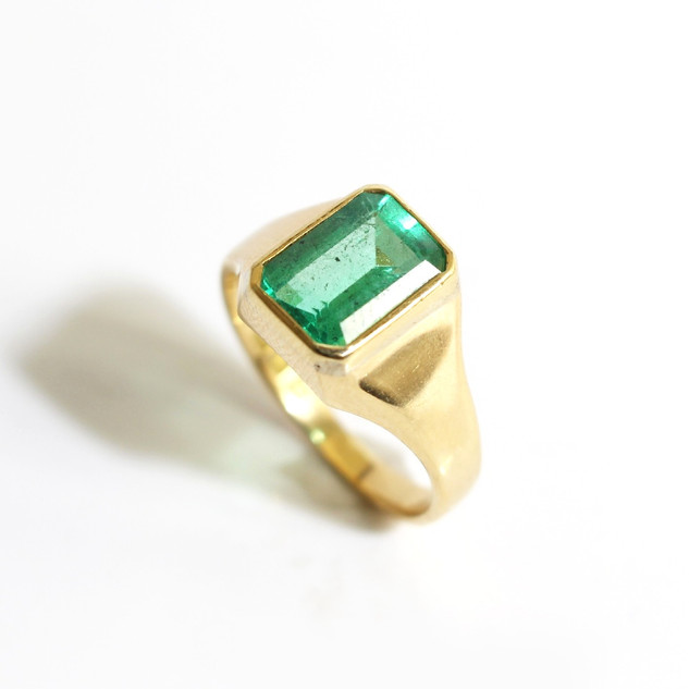 18ct yellow gold emerald signet ring of exceptional quality. £5,500.00