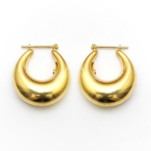 18ct gold chunky hoop earrings. £475.00