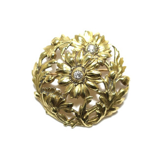 A french 18ct gold and old cut diamond brooch. Circa 1900. £1,250.00