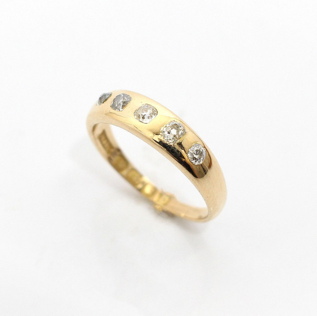 18ct yellow gold diamond five stone ring. Comprising of five graduated old cut diamonds set within a gold ring, 0.35ct total. Hallmarked 1897. £625.00