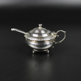 Charles Fox London 1825  Circular pot with leaf boarder  (some repair to lid) 4 oz 6 dwt  £185.00
