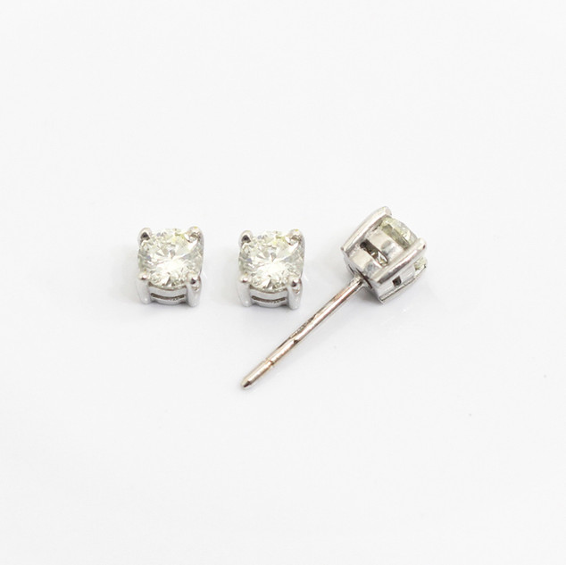 18ct white gold diamond stud earrings. The modern brilliant cut diamonds 0.30ct each, J/K colour, Si2 clarity. £1,850.00