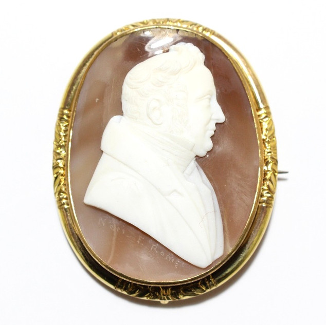 A gold mounted shell cameo depicting a gentleman. £750.00