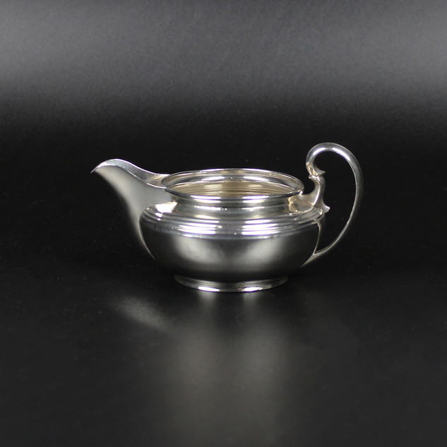 Mappin & Webb 1916  4 ½ oz Bulbous £165.00