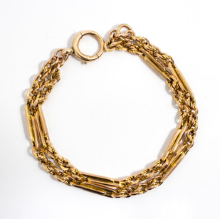 9ct fancy link double two row bracelet with large bolt ring clasp. £575.00