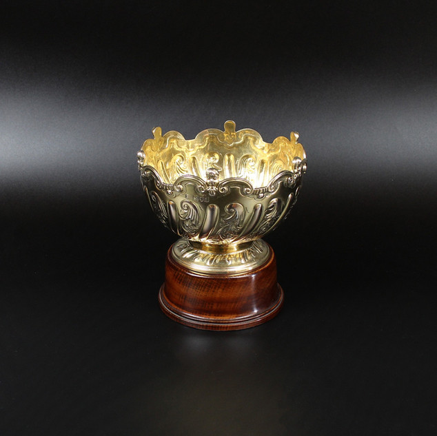 Silver guilt rose bowl 5 ¾ inches diameter  The scroll boarder with Angelic masks. £575.00  (Plinth included)