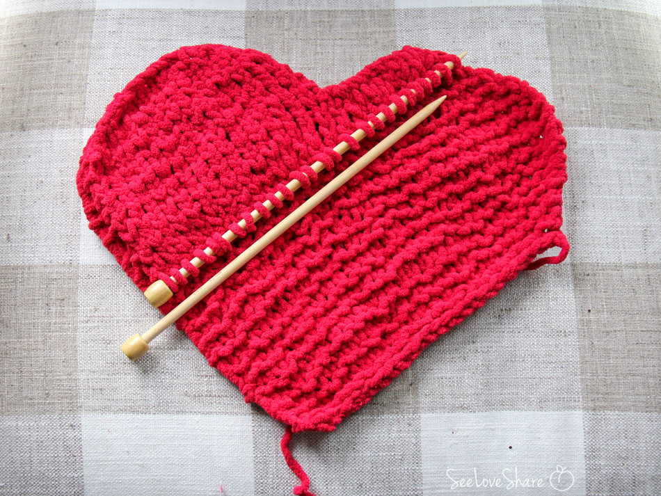 Heart Decal - Free Knit Pattern