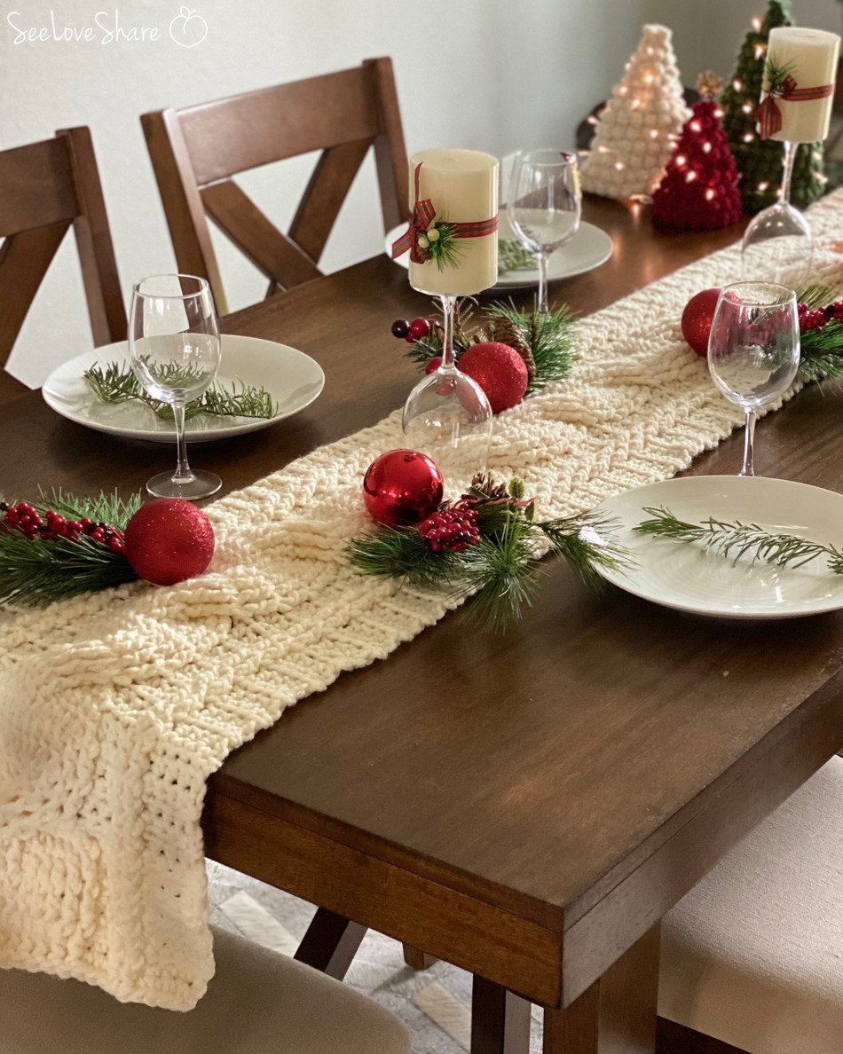 Rustic Crochet Cable Table Runner - Free Crochet Pattern