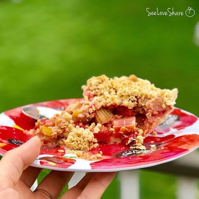 Gluten-Free Strawberry-Rhubarb Pie