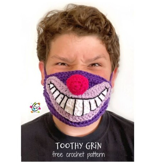 Community Shares: Toothy Grin Face Mask
