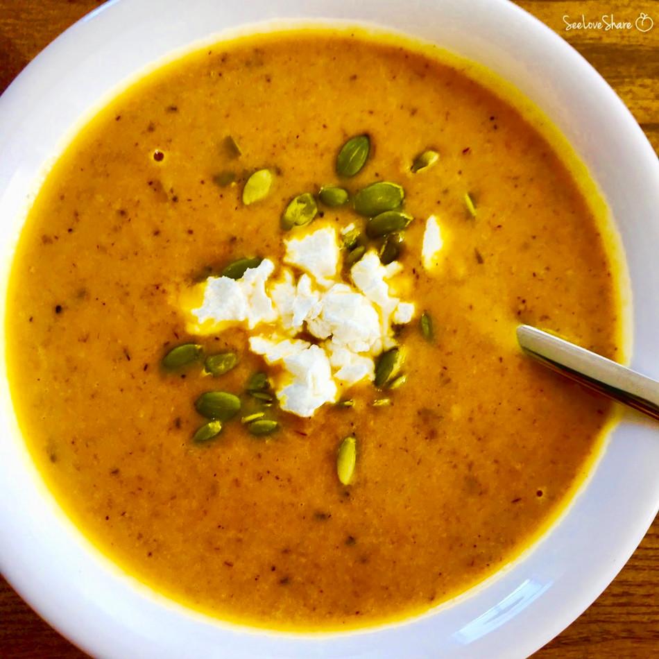Immunity-Boosting Carrot, Turmeric, Ginger & Coconut Milk Soup