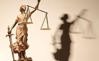 Maitre Chevenier Avocat Nîmes Nimes droit famille dommage préjudices indemnisation