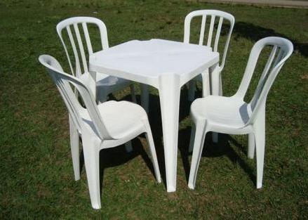 Mesa Quadrada 4 cadeiras