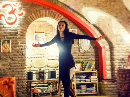 Танцовщица. The dancer.
