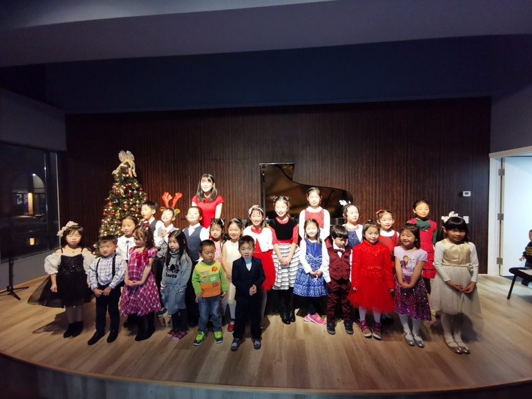 recital group photo