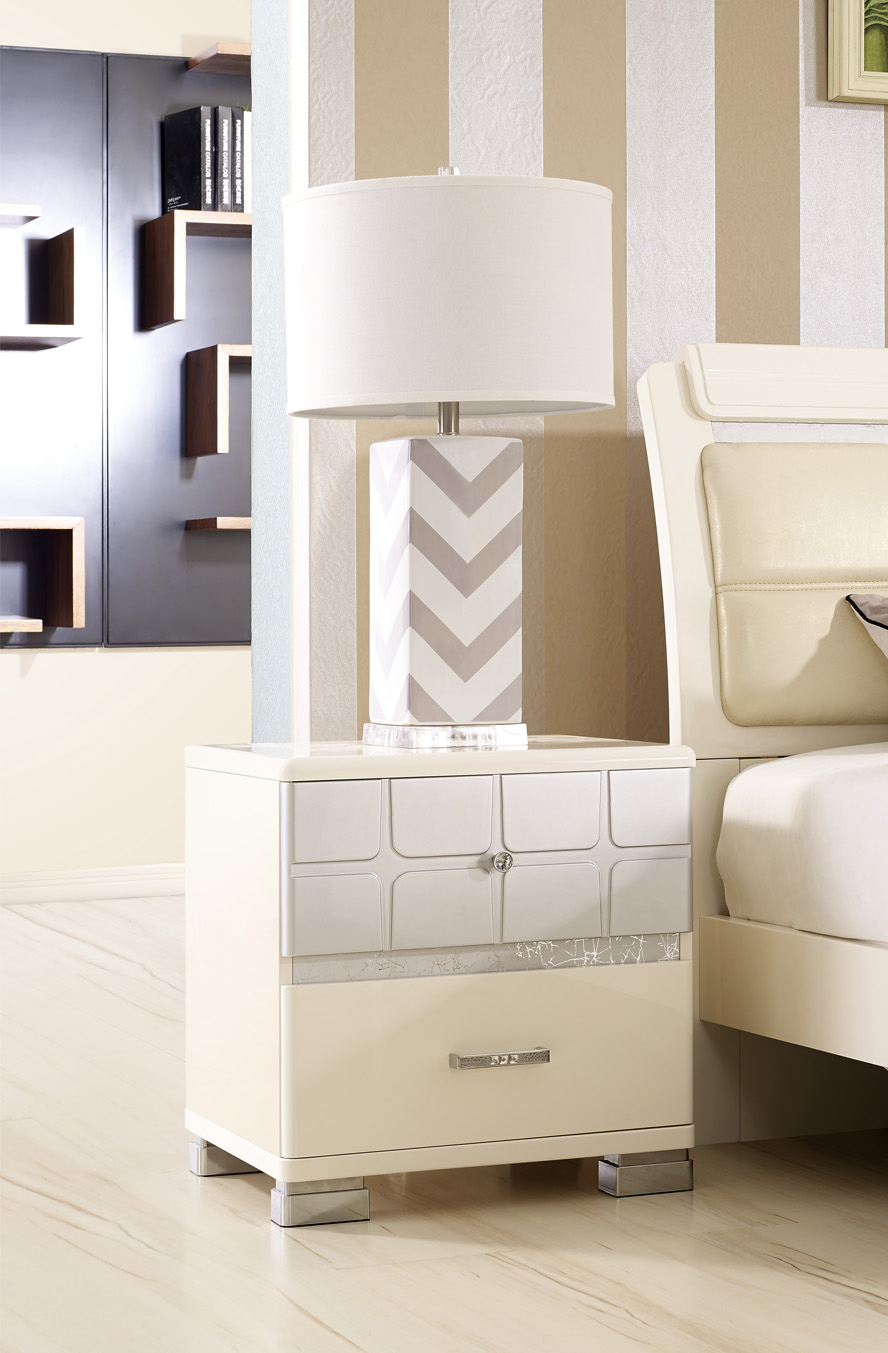 66803-side table
