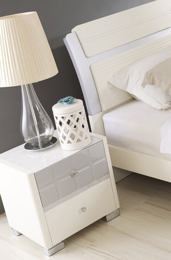 66802-side table