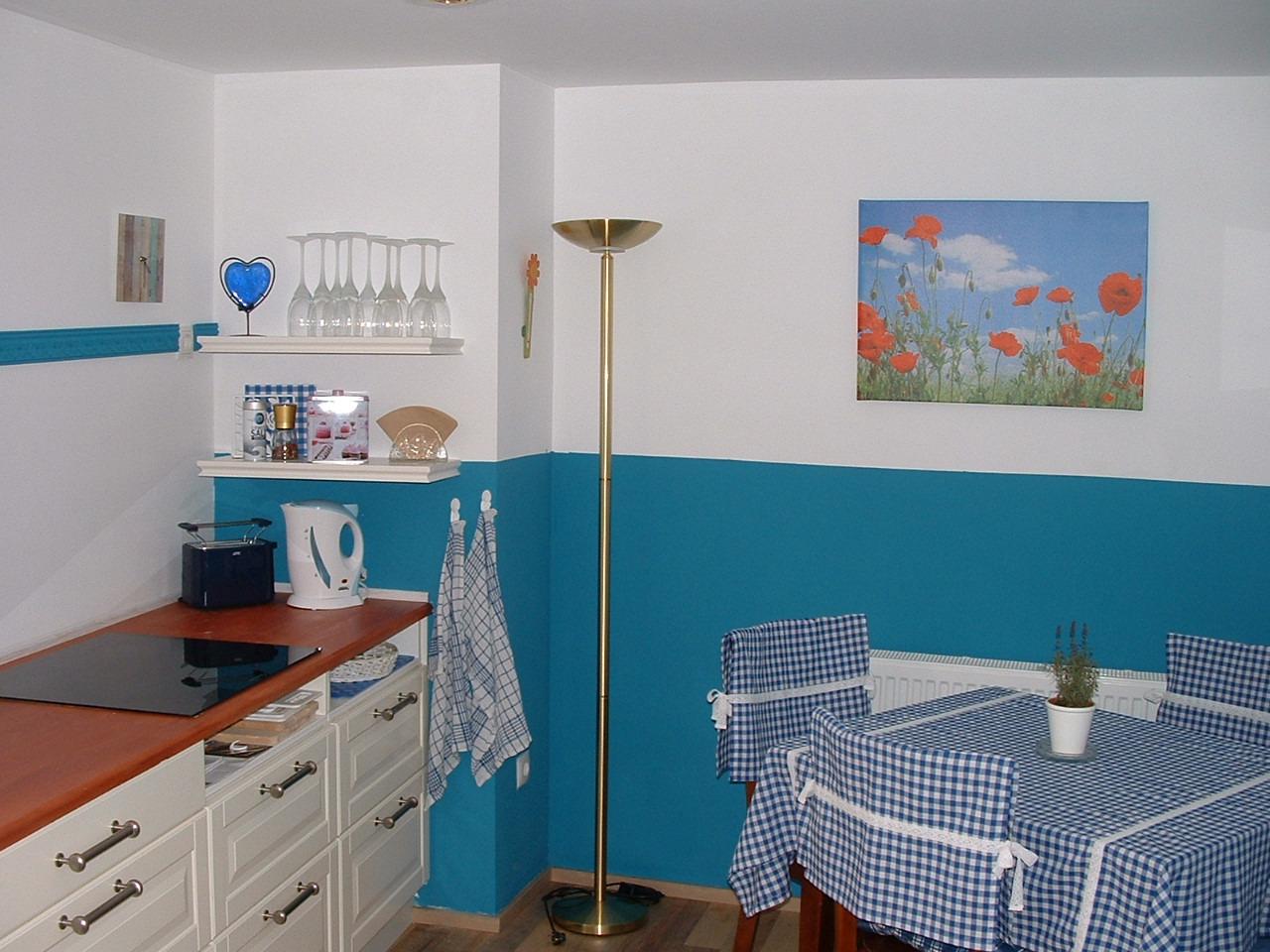 Kochbereich mit Essbereich