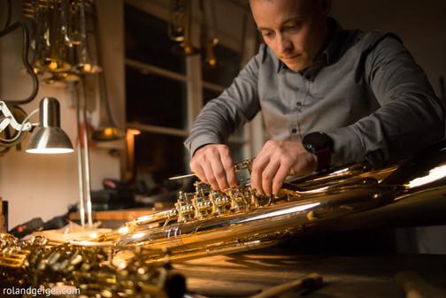 Neubau, Umbau und Sonderanfertigung von Kornett, Flügelhorn und Trompete bei Tengler Blasinstrumente in Stuttgart.