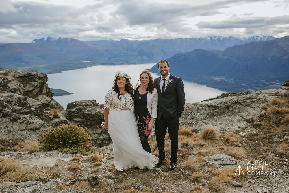 Queenstown Wedding Celebrant, Jodie Stuart