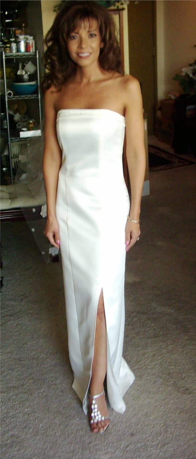 Galen gown