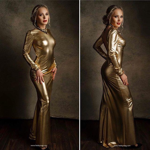 Golden Girl (backless)