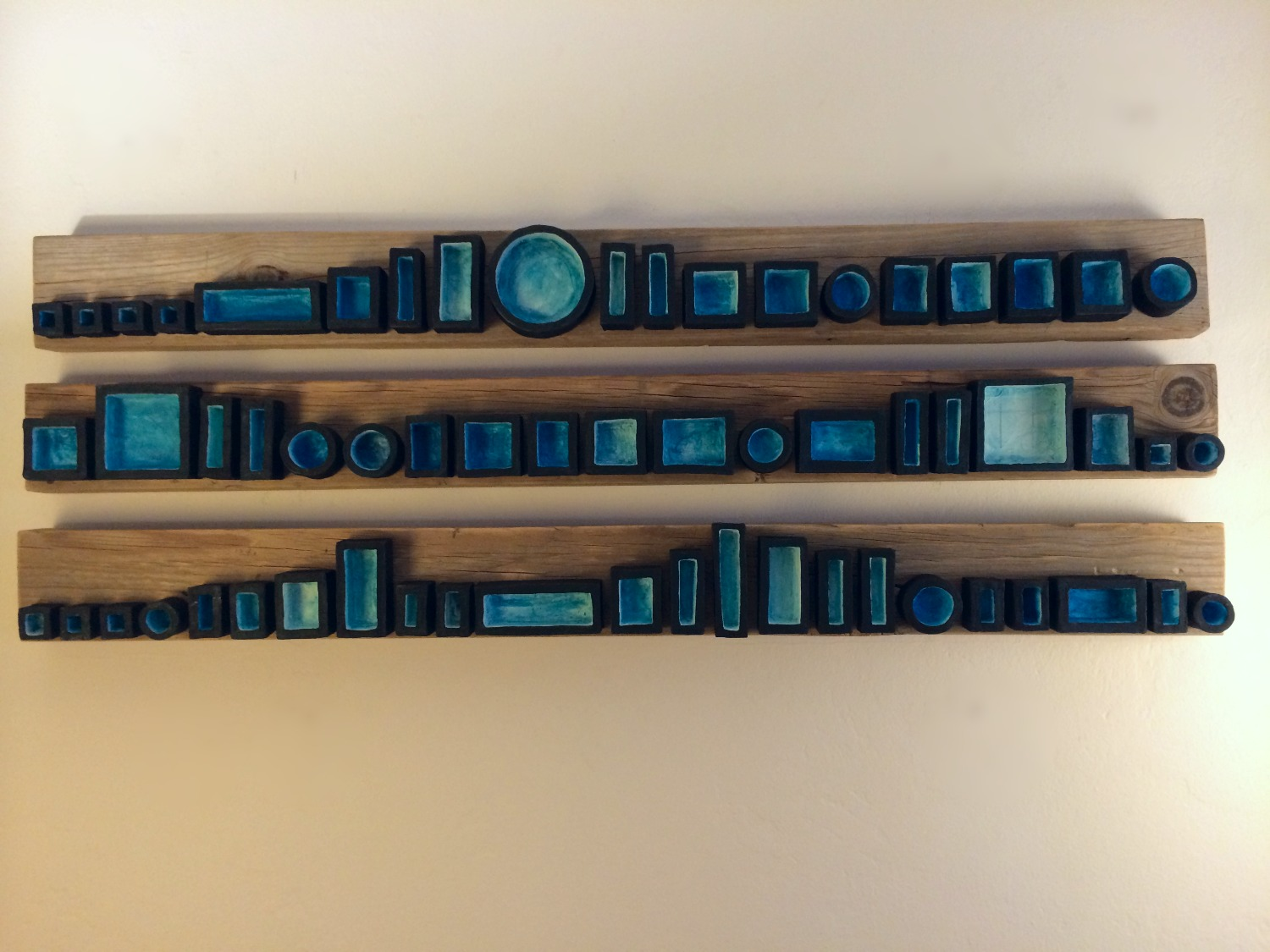 Assemblage in Blue