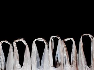 Portugal impõe taxa para sacos de plástico descartáveis