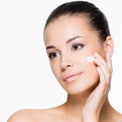 טיפול פנים עם מכשור