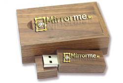 Mirrormedotie Wooden USB