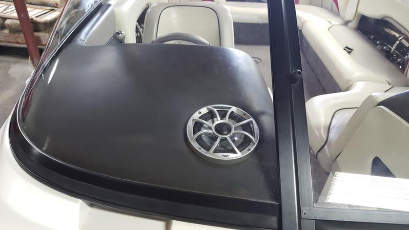 2006 Malibu 23 LSV (3).jpg