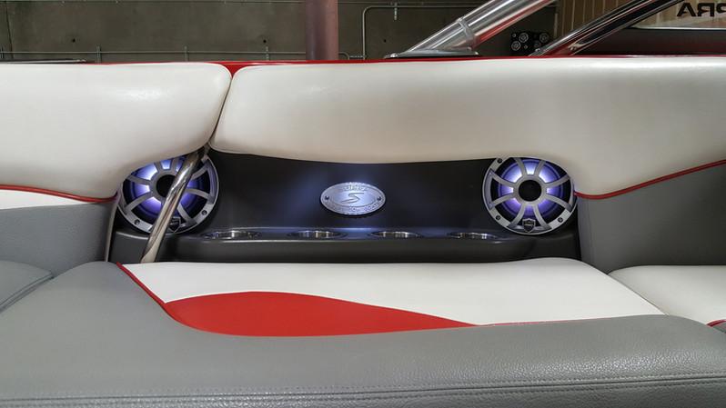 2007 Supra 22 SSV (9).jpg