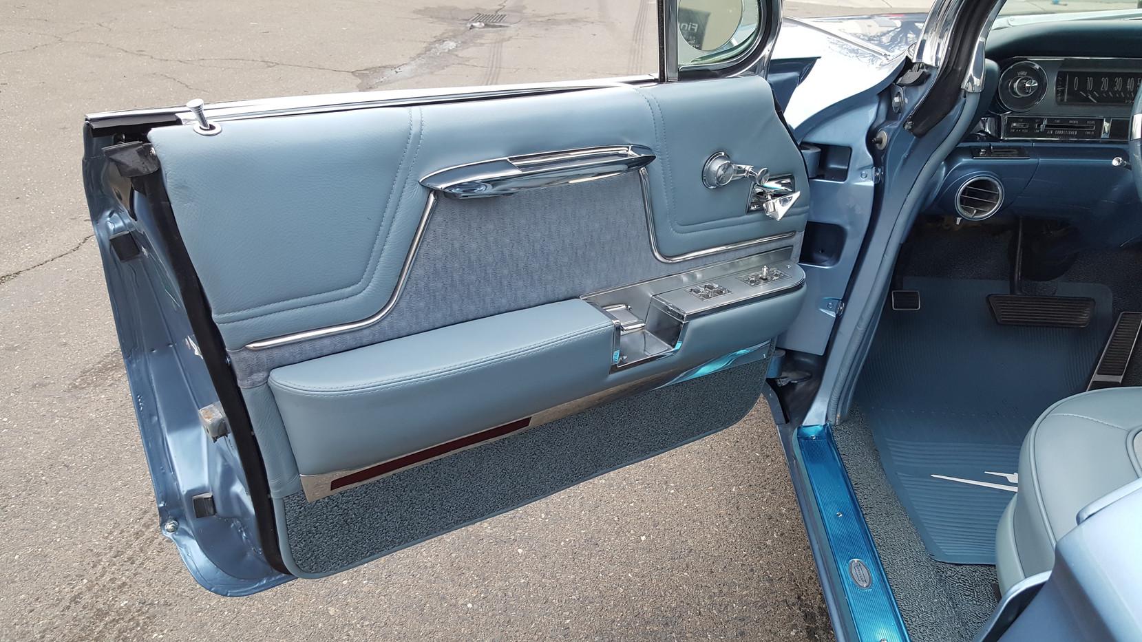 1962 Cadillac (8).jpg