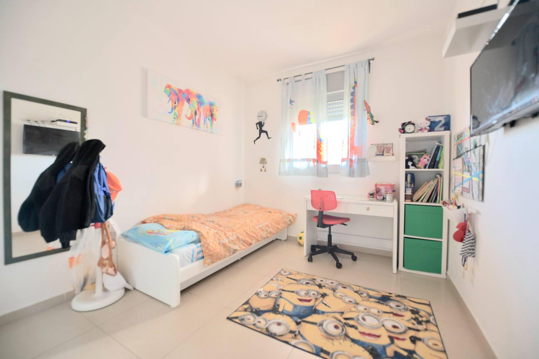 דירת 5 חדרים במקס שיין רחובות (13)