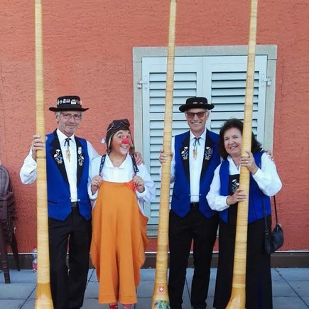 Alphorn Trio mit Clown SUSI