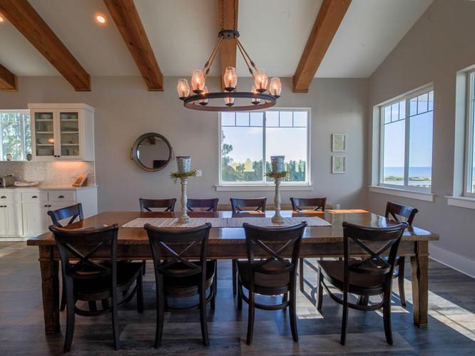 Beautiful Dining Area Comfortably Seats